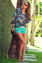 Dimy blouse - Chiclet Store shorts - Schutz sandals