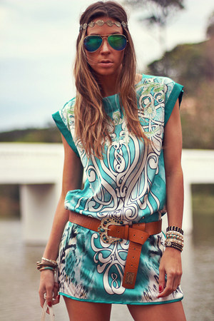 turquoise blue Moikana dress - camel Moikana belt