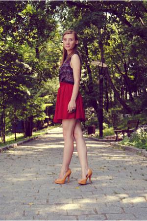 American Apparel skirt - H&M shirt - pull&bear pumps