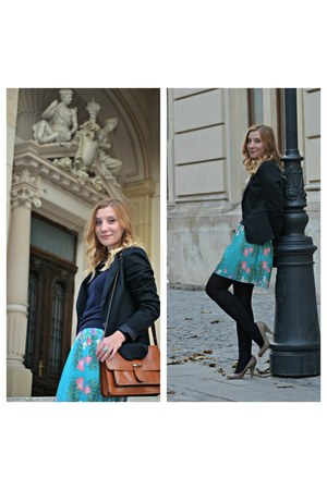 turquoise blue pleated Stradivarius skirt - silver Bershka shoes