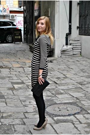 H&M sweater - Bershka shoes - vintage bag