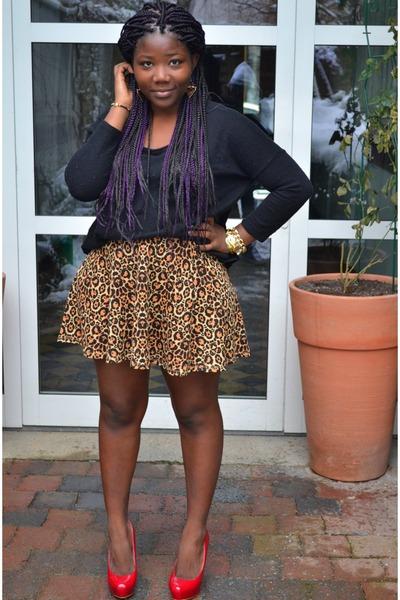 red unknown heels - black H&M sweater - bronze leopard prints H&M skirt
