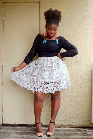crop top Love Culture top - lace skirt Forever 21 skirt - Aldo earrings