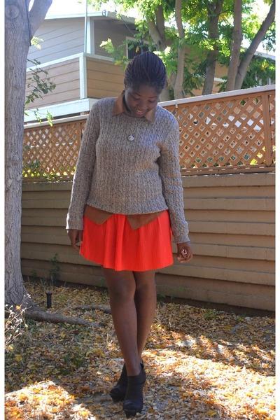 pleated skirt H&M skirt - sheer blouse Forever 21 blouse