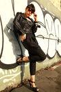 Black-express-jacket-black-riki-top-black-american-apparel-intimate-black-