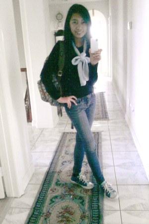 navy skinny jeans delias jeans - black Forever 21 sweater - light blue Mommys sc