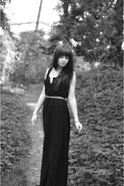 black Stradivarius dress