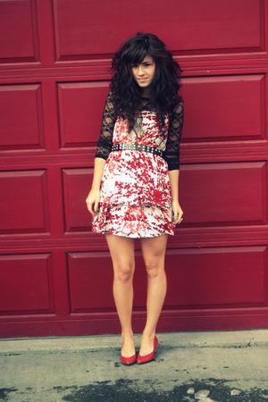red modcloth dress - black Lulu E Bebe dress - red vintage shoes