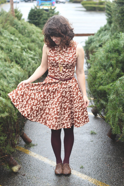 brown modcloth shoes - brown modcloth dress - dark green thrifted coat