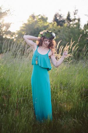 Lulus dress - Morrow Studios hair accessory