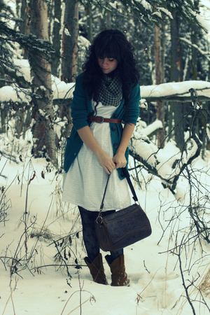 5a7fb68a20abd green Old Navy cardigan - white BCBG dress - black Wet Seal tights - brown  Targe