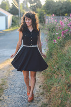 black modcloth dress - burnt orange leather Bali ELF wedges