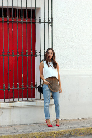 burnt orange Bershka top - white Zara top - sky blue denim pull&bear jeans