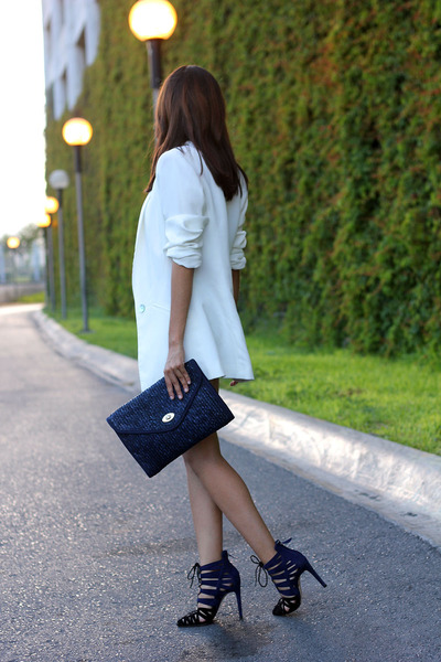 white Zara blazer - blue thrifted vintage bag