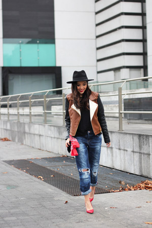 black H&M hat - blue pull&bear jeans - brown Forever 21 jacket