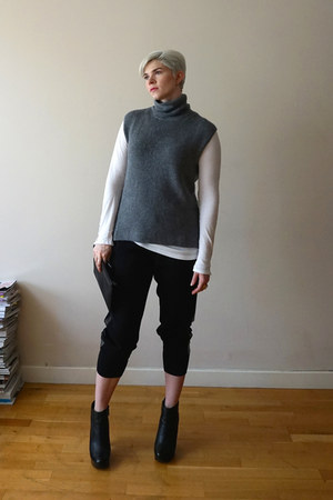 silver everlane sweater - white Velvet by Graham & Spencer top