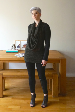 black Renvy shoes - olive green Harputs Own dress