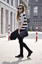 t fabriekske boots - Bershka jeans - Zara blazer - vintage bag - H&M t-shirt