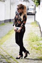 vintage blouse - Zara jeans - vintage bag - t fabriekske pumps