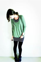gray Sportsgirl dress - green Sportsgirl sweater - black American Apparel leggin
