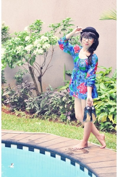 blue floral dress Heritage dress - black ankle boots tan icon9tynine shoes shoes