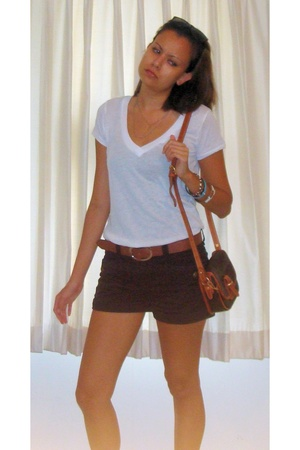Urban Outfitters t-shirt - H&M shorts - H&M belt - vintage Coach from Savers pur