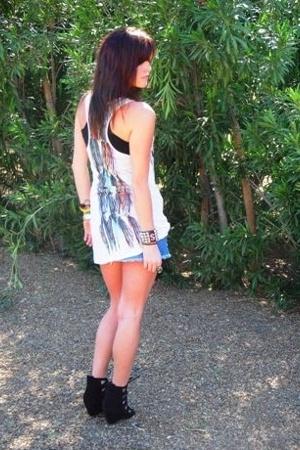 Forever21 shirt - hollister skirt - Aldo shorts
