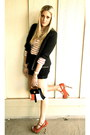White-loft-shirt-black-vintage-shorts-red-jessica-simpson-heels