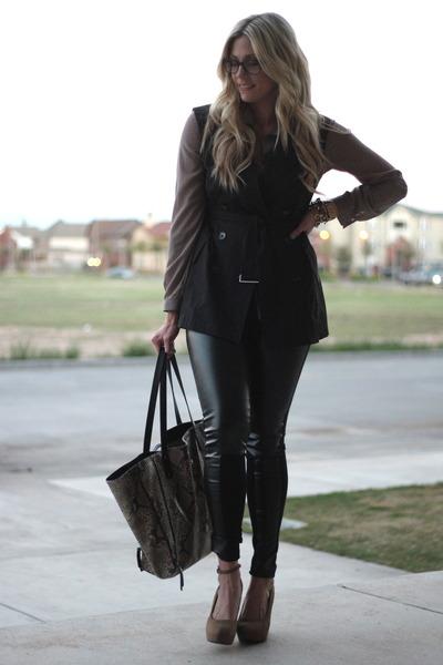 black Chanel glasses - charcoal gray Danielle Nicole bag