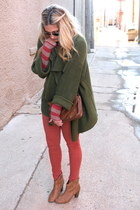 army green Old Navy sweater - brick red Gap t-shirt