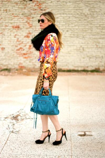 teal balenciaga bag - dark brown Zara skirt
