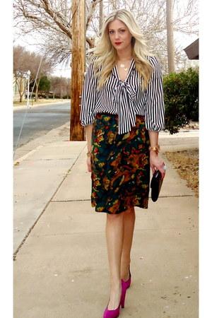 hot pink Steve Madden heels - forest green vintage skirt - black lulus blouse