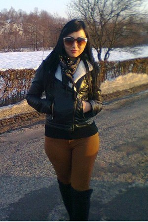 leather CATO jacket - meli melo sunglasses