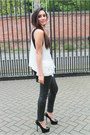 Black-topshop-unique-pants-white-vest-black-versus-top-black-ysl-heels