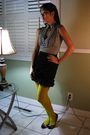 Black-sexy-dynamite-london-skirt-yellow-claires-tights-gray-candies-top-bl