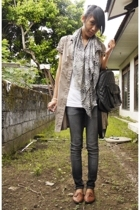 white leopard print Centro scarf - brown flats vintage shoes