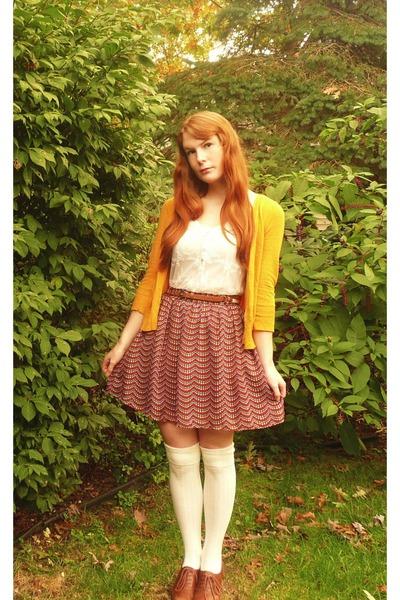 tawny Target belt - off white modcloth socks - brick red Target skirt