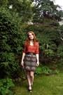 Burnt-orange-blouse-gray-skirt-black-wedges