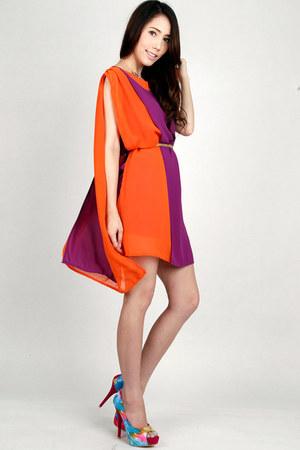 cape DIDD dress