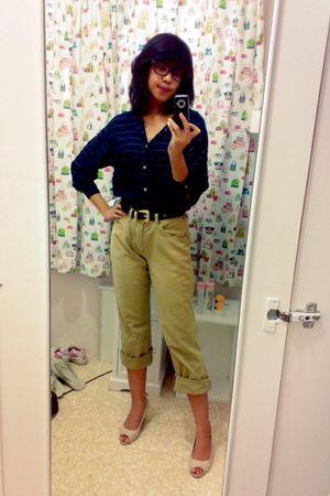blue tiffany tomato shirt - beige Wrangler pants - beige shoes - black belt - gl