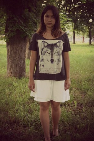 wolf top - Bershka skirt