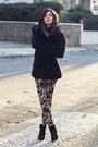 Black-wool-vintage-coat-zara-leggings