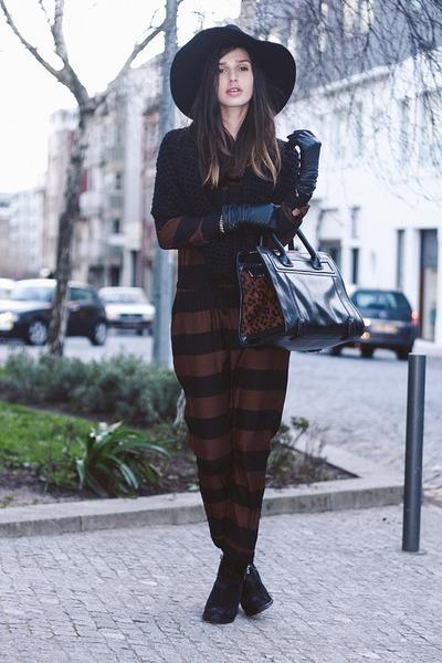 dark brown Zara suit
