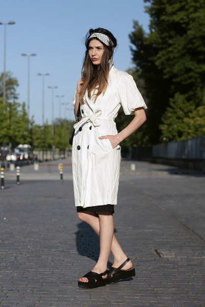black Zara skirt - white Mango coat - black Zara sandals