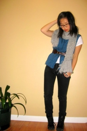 H&M scarf - Mtn Equipment Co-op vest - H&M jeans - H&M boots - Forever21 belt