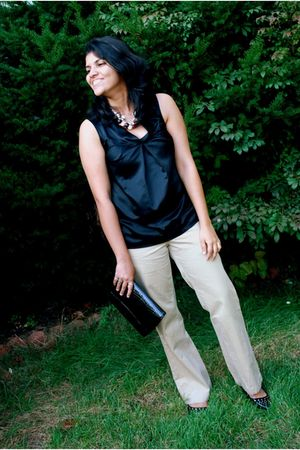 black Worthington at JC Penny blouse - beige RIG utility clothing pants - black