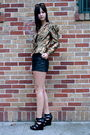 Vintage-blazer-vintage-shorts-also-shoes