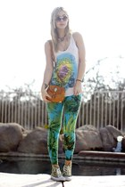 bolsita STELA 9 bag - diy tie dyed Converse shoes - vintage sunglasses