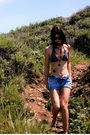 Victorias-secrets-top-vintage-necklace-guess-shorts-vintage-sunglasses-u