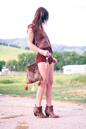 western ankle vintage boots - vintage bag - lace up vintage shorts - vintage top